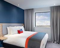 Holiday Inn  Express London Heathrow terminal 4